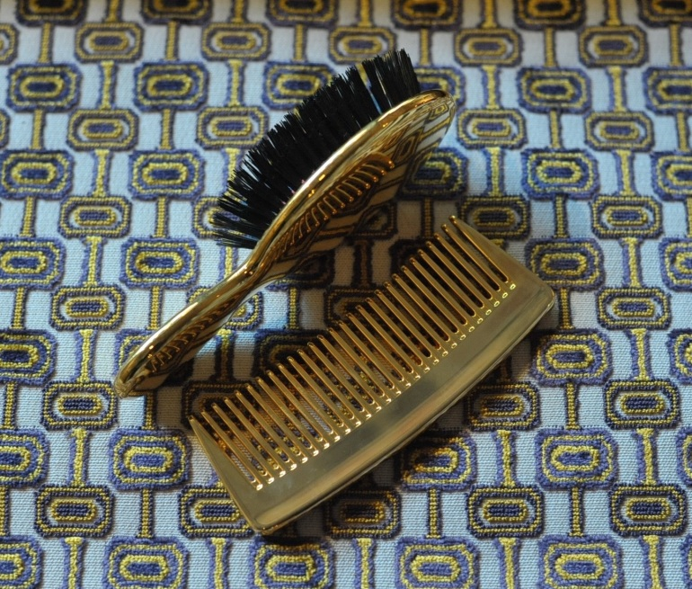 AERIN BRUSH AND COMB