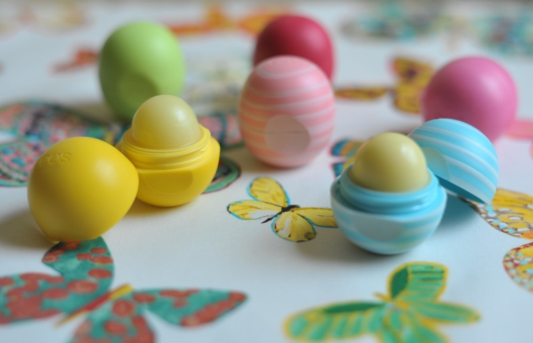 'Butterfly' by F Schumacher. Smooth Sphere lip balm by Eos.